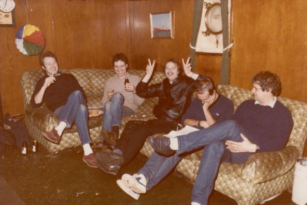 party pré start Radio Monique 6 dec 1984 Bruce Purdy,Dave Richards,Keith King,Ad Roberts,Fred Bolland.jpg